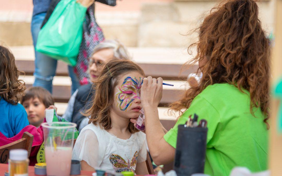 Moltes gràcies a l'Associació de lleure educatiu Kitxalla per el maquillatge de la Fira!