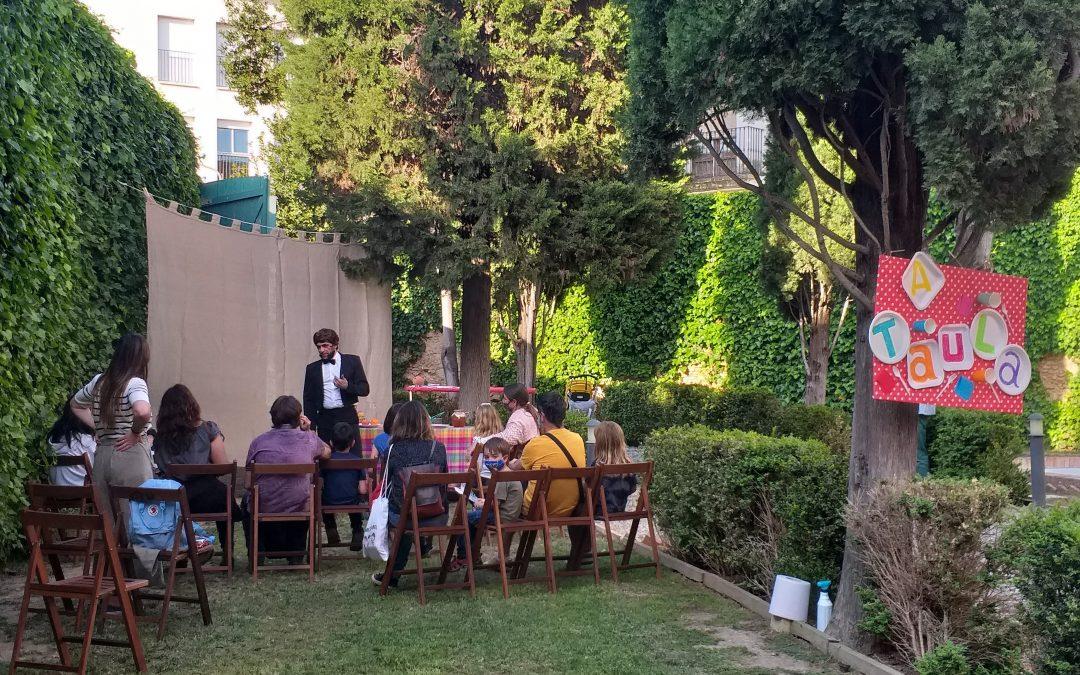 Recull del Berenar de contes en els Jardins de Can Papiol. 8a Fira Conte va! Va de contes. Vídeo creat per Marc Soler.